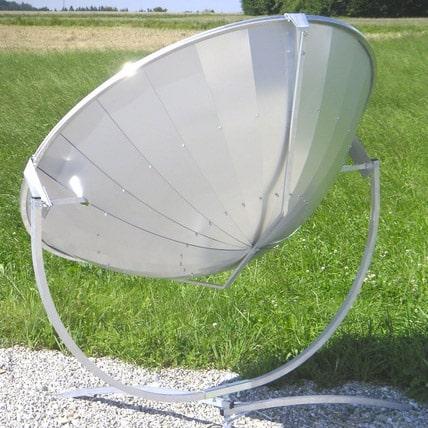 dos d'une parabole solaire