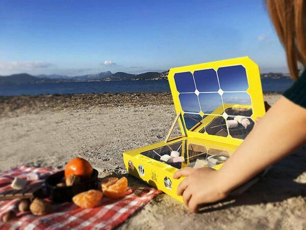 La cuisine solaire à la plage