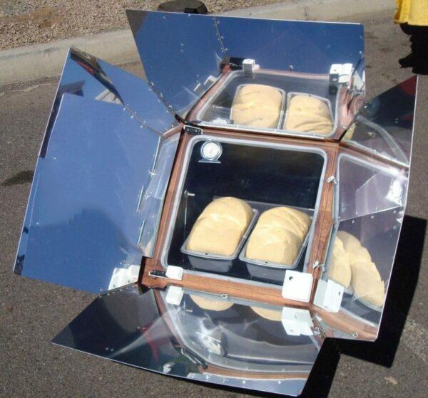 Pain au cuiseur solaire